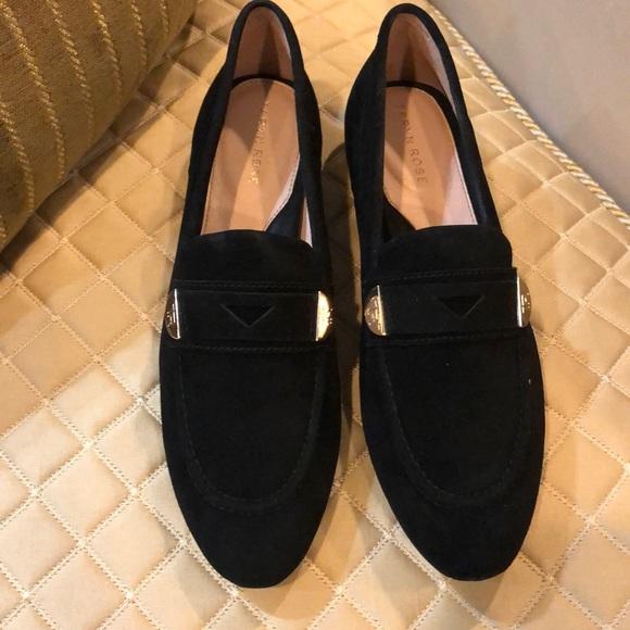 Taryn Rose Shoes | Beth Silky Suede Black Nwot | Poshma