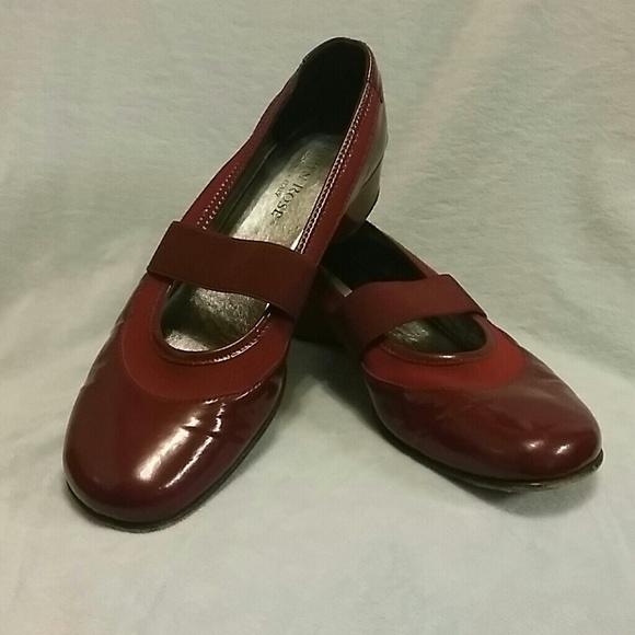 Taryn Rose Shoes | Italian | Poshma