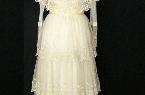 victorian tea dress | Lace dress vintage, Romantic wedding dress .