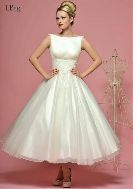 1950s & 60s Style Wedding Dress | Tea length wedding dress vintage .