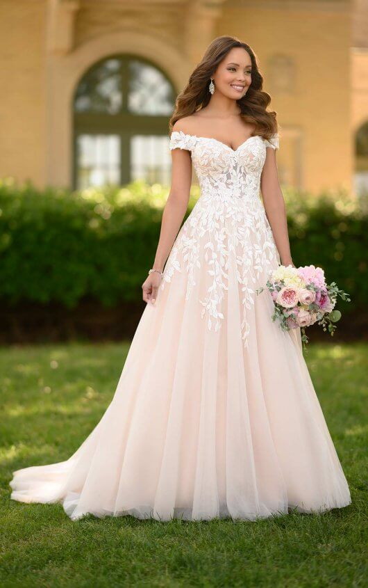 Wedding Dresses | Wedding Gowns | Bridal Gowns | Essense of Austral