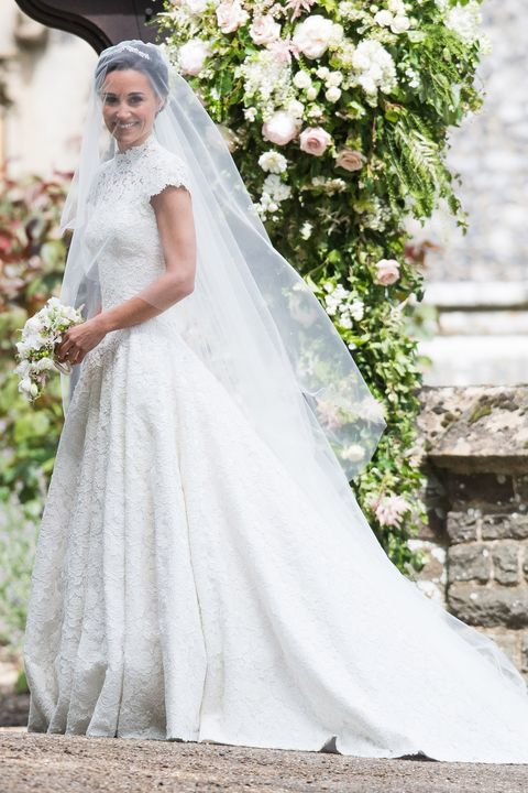 50 Iconic Celebrity Wedding Dresses - Most Memorable Wedding Gowns .