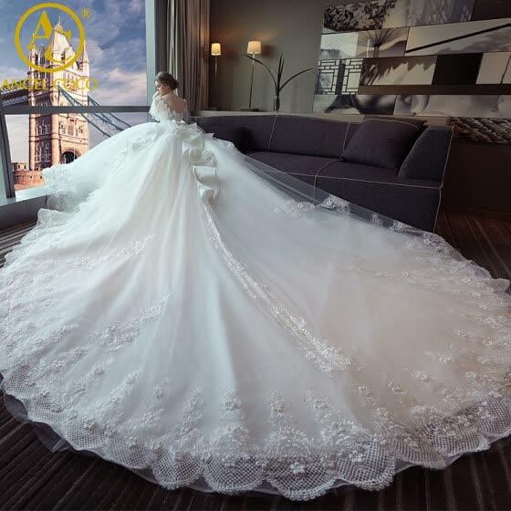 Shop High Quality New Fashion Lace Wite Princess Wedding Dresses .
