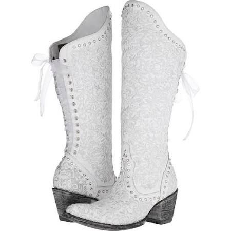 white cowboy boots for wedding - Google Search | Cowgirl boots .