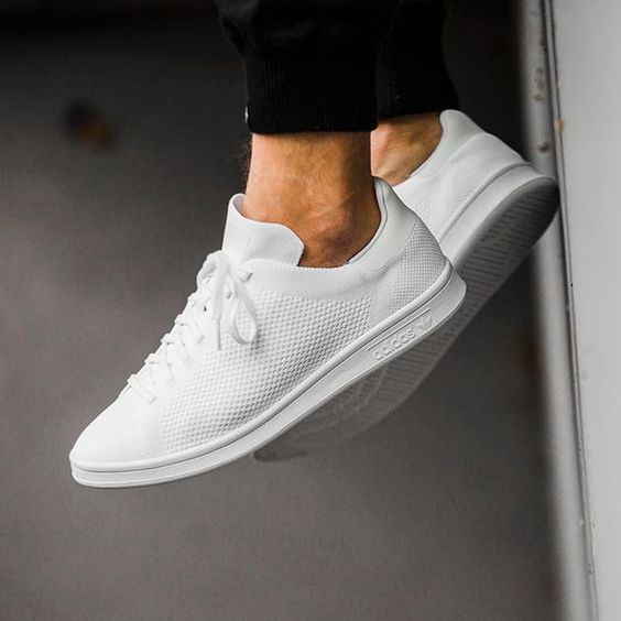 5 Tips For Keeping Your White Sneakers Clean | Best white sneakers .