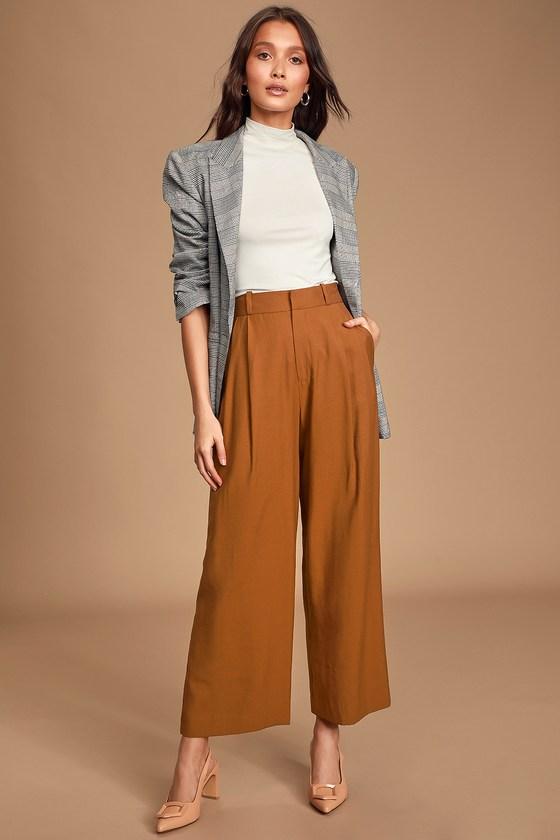 Chic Camel Pants - Pleated Trouser Pants - Wide-Leg Pan