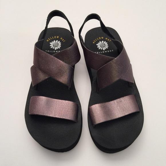 Yellow Box Shoes | New Bunkie Sandal In Hematite | Poshma